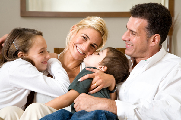 busy mom relaxing with family | Sheknows.com