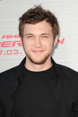 Phillip Phillips gives Mariah Carey some advice