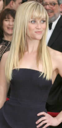 Reese Witherspoon's straight hairstyle with bangs