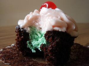 Spumoni cupcakes