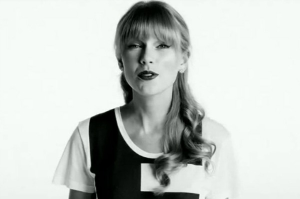 Taylor Swift to sing at school for the deaf?