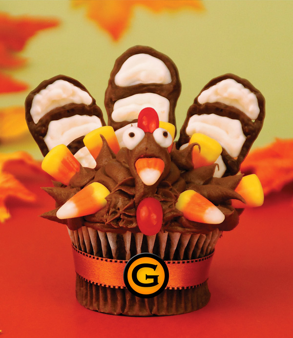 Final product: turkey-inspired chocolate cupcake
