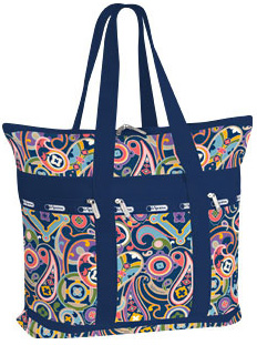 Chic travel totes