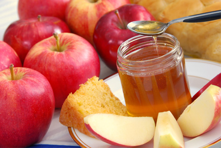 Rosh Hashanah food - Apples and honey