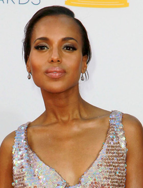 Kerry Washington's nude lips at 2012 Emmy Awards
