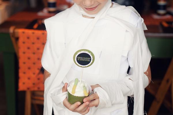 Halloween party ideas -- cupcakes