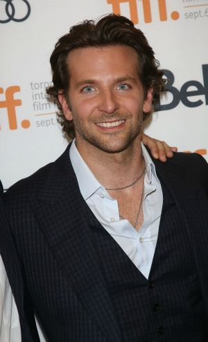 Bradley Cooper likes <em>The Hunger Games</em>