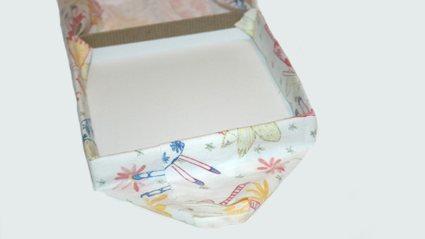 DIY fabric covered box -- fold like wrapping paper