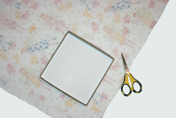 DIY fabric covered box -- measure and cut