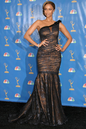 Tyra Banks at the 2006 Emmy Awards