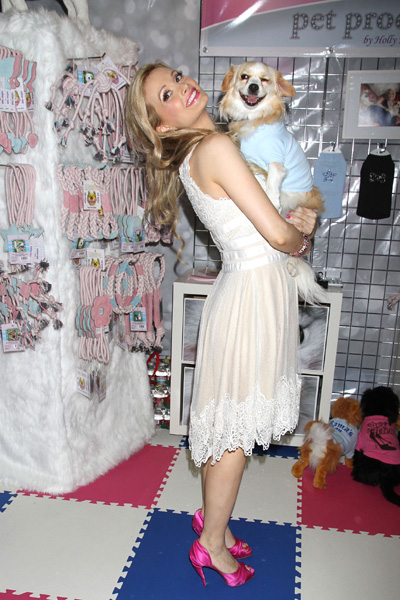 Pregnant Holly Madison and her dog