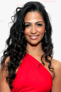 Camila Alves curls