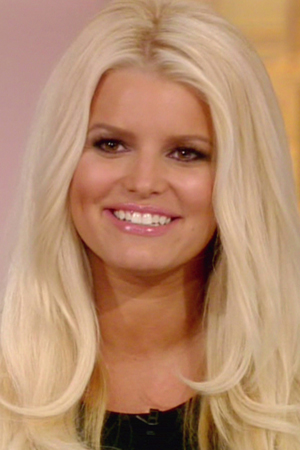 Jessica Simpson debuts new weight watchers commercial