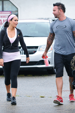 JWoww engaged to Roger Mathews