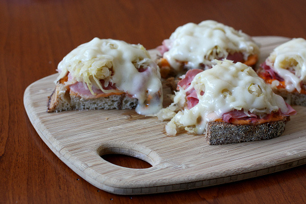 Reuben Appetizer Sandwich