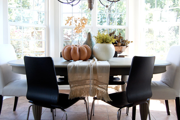 Natural, neutral and simple dining room -- The Nester