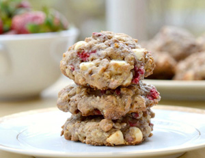 Strawberry walnut oatmeal cookies