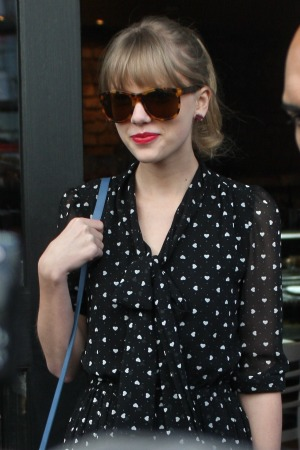 Did Taylor Swift leave us clues?