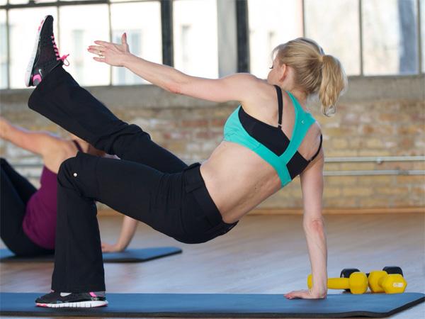 Hip Lifts with Torso Rotation