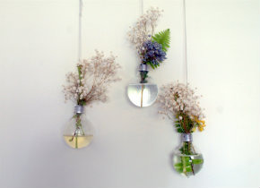 Lightbulb hanging vase