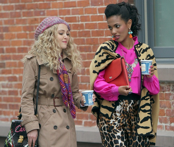 The Carrie Diaries - Carrie and Larissa