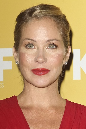 This week's SNL host: Christina Applegate