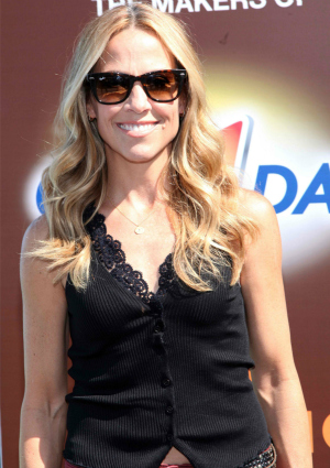 Sheryl Crow Promoting the Nutrition Mission Campaign in NYC