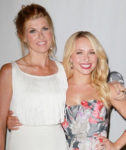 Nashville stars Connie Britton and Hayden Panettiere