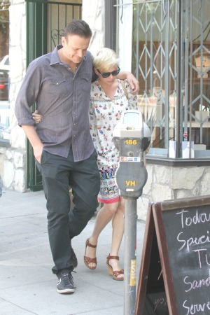 Michelle Williams Jason Segel move in together