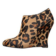 Nine West Tweeks booties