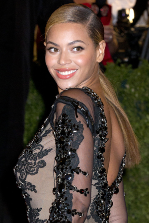 Beyonce pulls out of role in Eastwood flick