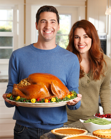 Couple hosting Thanksgiving at home