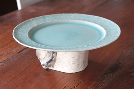 Birch pedestal plate
