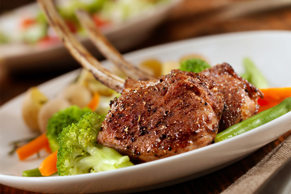 Grilled lamb chops with Manischewitz glaze