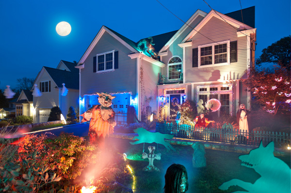 Halloween decor -- strobe light