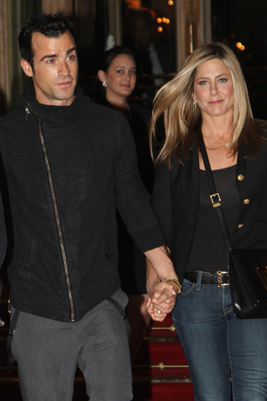 Jen Aniston's ring is worth what?