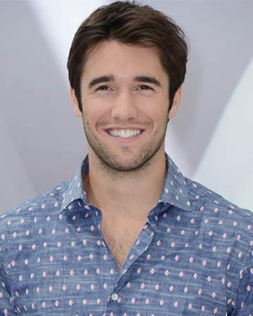 Man Candy Mondays: Josh Bowman