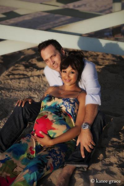 Pregnant Tamera Mowry