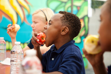 Encourage kids to eat well creatively
