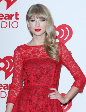Taylor Swift Tour on Taylor Swift Announces Red Tour