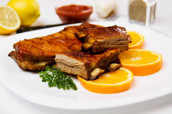 Orange and soy-glazed ribs