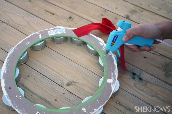 DIY 12 days wreath step 11