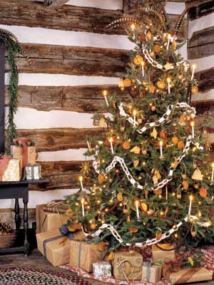 25 Ways To Decorate Your Christmas Tree Page 24