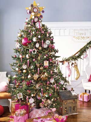 25 Ways To Decorate Your Christmas Tree Page 16