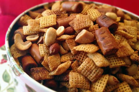 holiday snack mix, chex mix