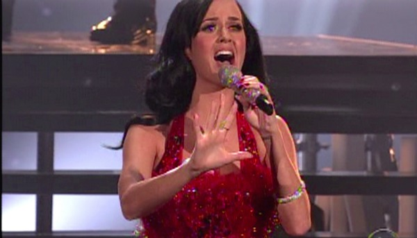 KatyPerryAMAsbadperformance