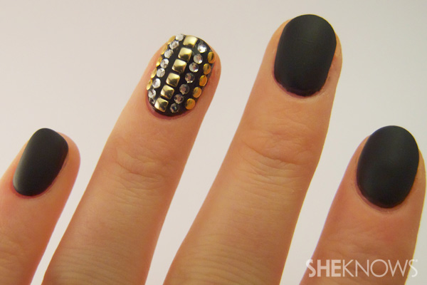 How to create a studded accent nail