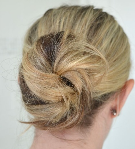 finished messy bun