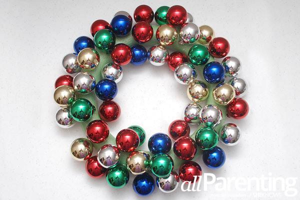 Christmas ornament wreath step 5