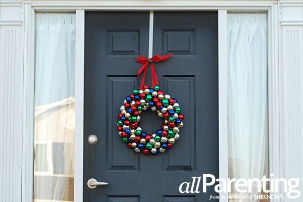 Christmas ornament wreath step 9